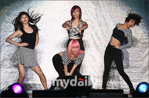 Miss A au concert des 2PM 54821533