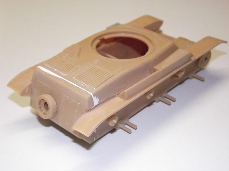 renault r35 +canon de 25 au 1/35 heller  Dscf6213