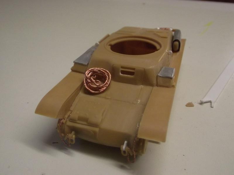 renault r35 +canon de 25 au 1/35 heller  Dscf6227