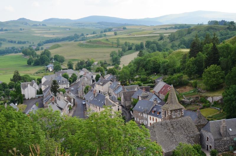 Village d'Apchon.... - Page 3 Dsc_0915