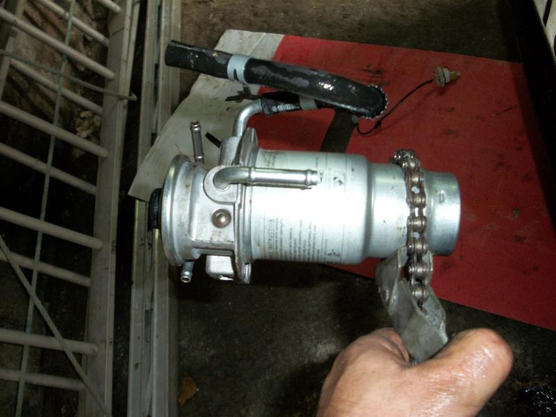 Remplacement du filtre a gas oil?? Entret33