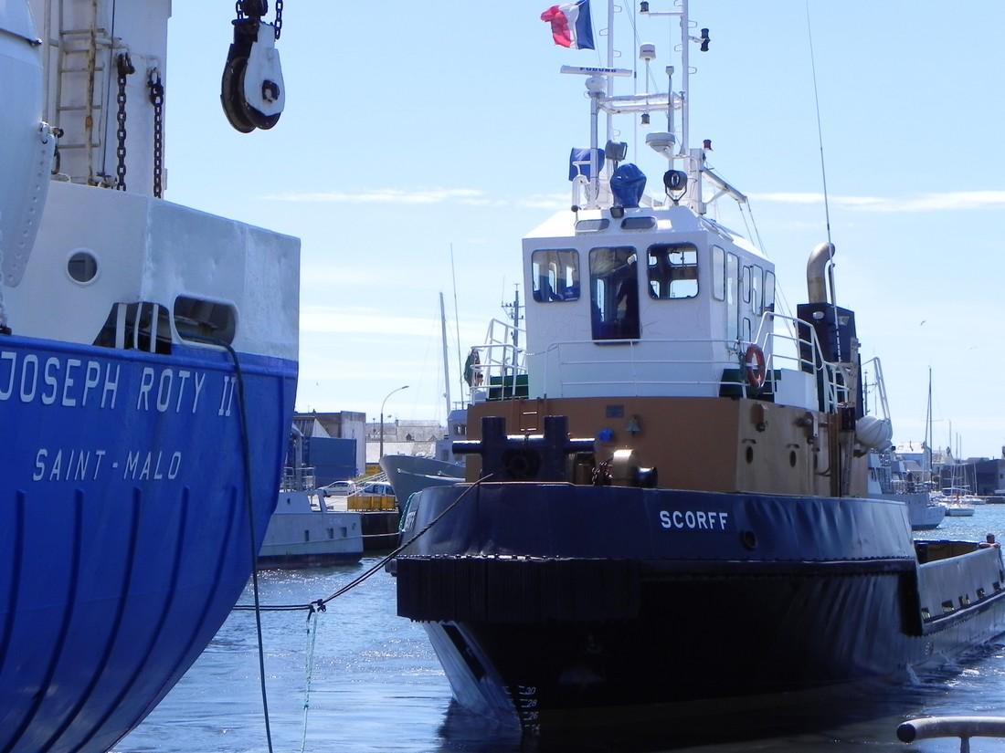 [Vie des ports] LE PORT DE CONCARNEAU - Volume 005 - Page 4 376