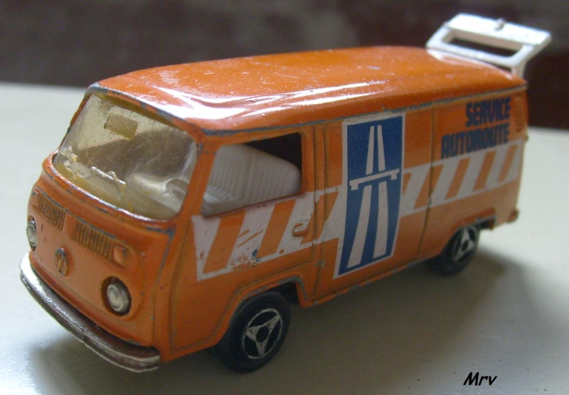 N°226 Volkswagen Fourgon Tolé 00_s6314