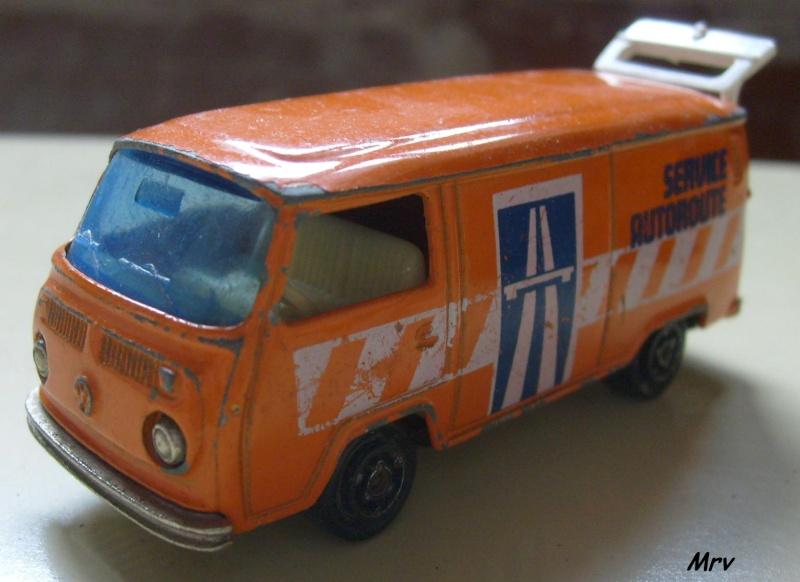 N°226 Volkswagen Fourgon Tolé 00_s6315
