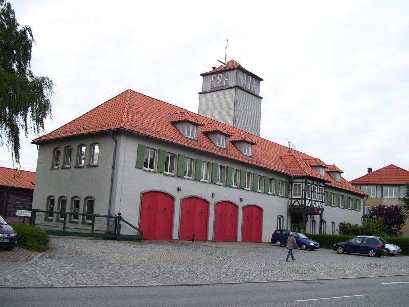 Fahrzeug für Abrollbehälter (Feuerwehr) 102_1311