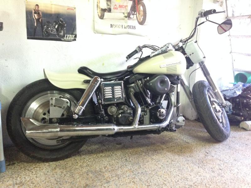 une moto de mon annee de naissance - Page 2 Img_0910