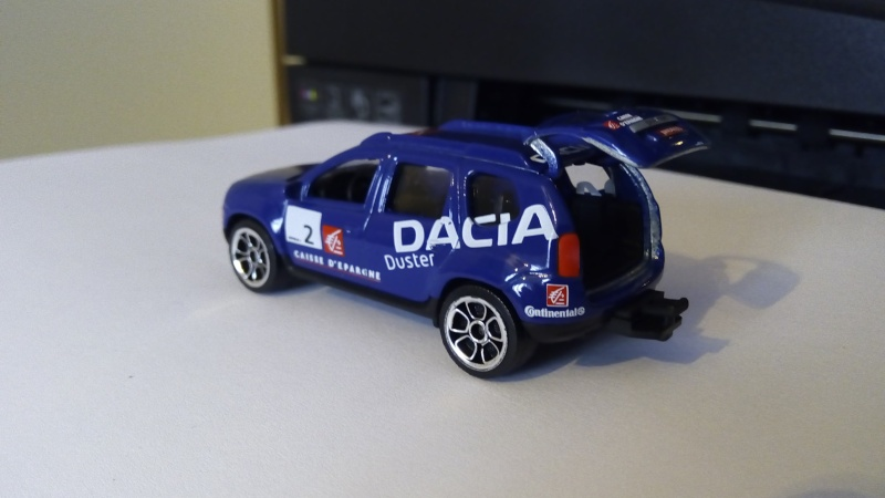 N°225A Dacia duster. Img_2140
