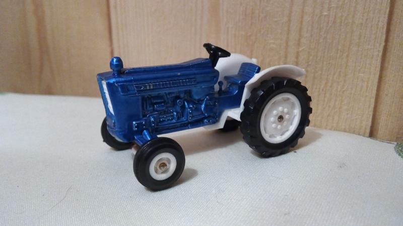 N°253 Tracteur Ford 5000 Img_2187