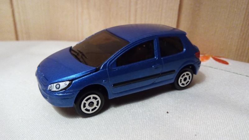N°205C Peugeot 307. Img_2237