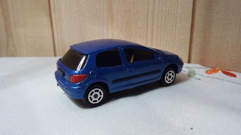 N°205C Peugeot 307. Img_2238