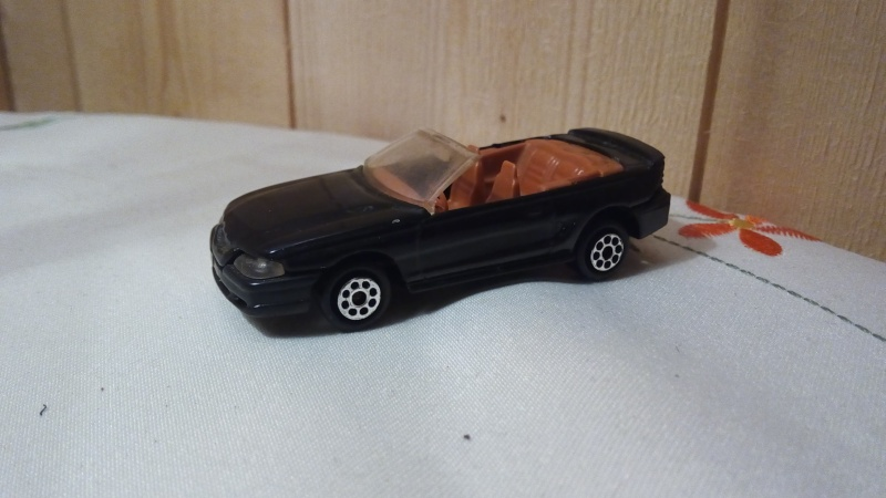 N°203 FORD MUSTANG GT CABRIOLET Img_2276