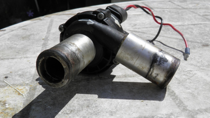pompe a eau electrique P4250110