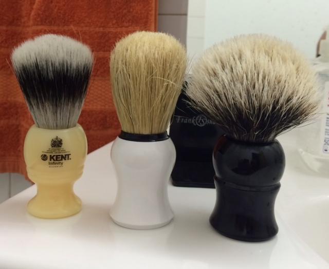 Frank Shaving finest badger Photo110