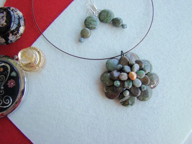 """""""Flori de piatră-Bijoux"""" albumul I-bijuterii artizanale marca Didina Sava - Pagina 13 Colie101"""
