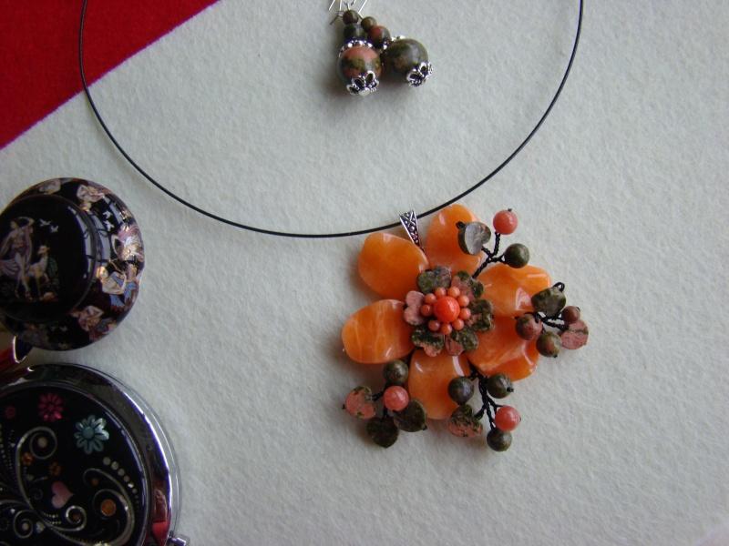 """""""Flori de piatră-Bijoux"""" albumul I-bijuterii artizanale marca Didina Sava - Pagina 12 Colie146"""