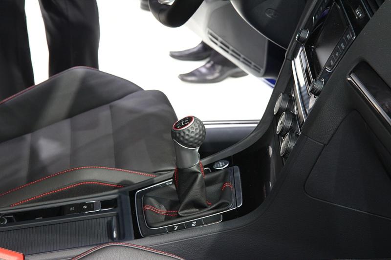 Golf 7 GTI - 05 mars présentation officielle au Salon de Genève 2013 (1/2) Img_9414