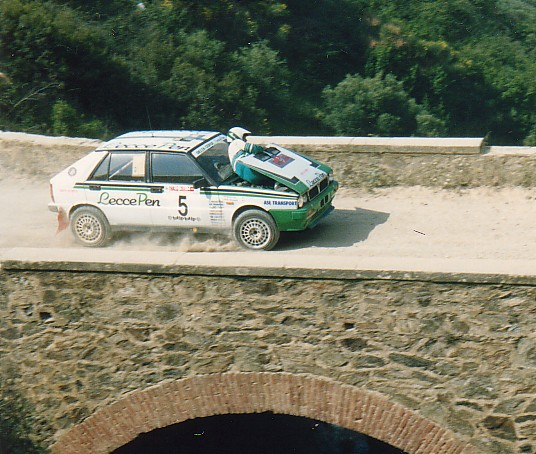 Needs to be shared thread - Page 5 Lancia10