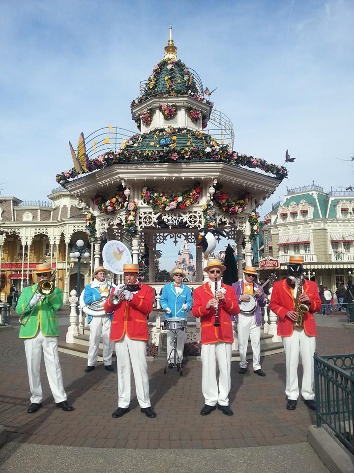 Festival du Printemps du 1er mars au 31 mai 2015 - Disneyland Park  - Page 10 10944810