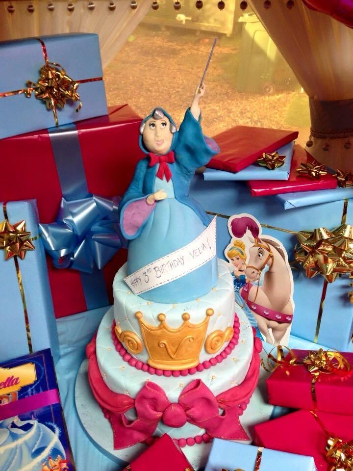 Les douceurs Disney. Patisseries, sucreries & cie - Page 12 10959611