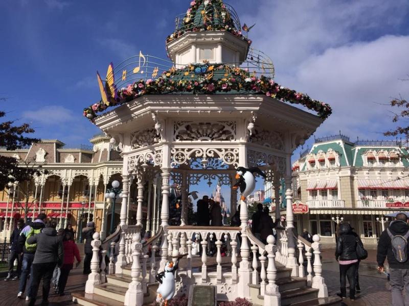 Festival du Printemps du 1er mars au 31 mai 2015 - Disneyland Park  - Page 6 11023510