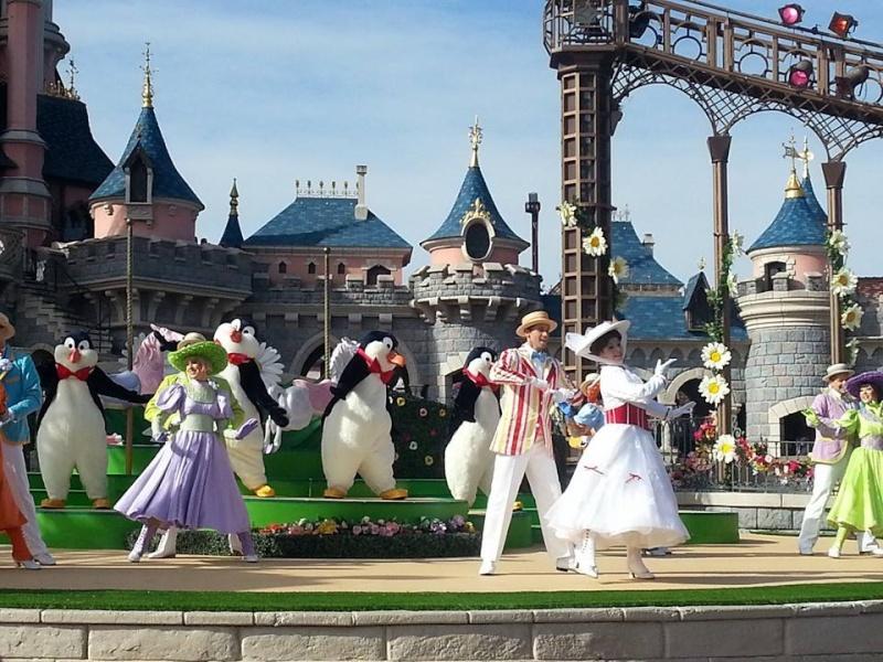 Festival du Printemps du 1er mars au 31 mai 2015 - Disneyland Park  - Page 8 11028010
