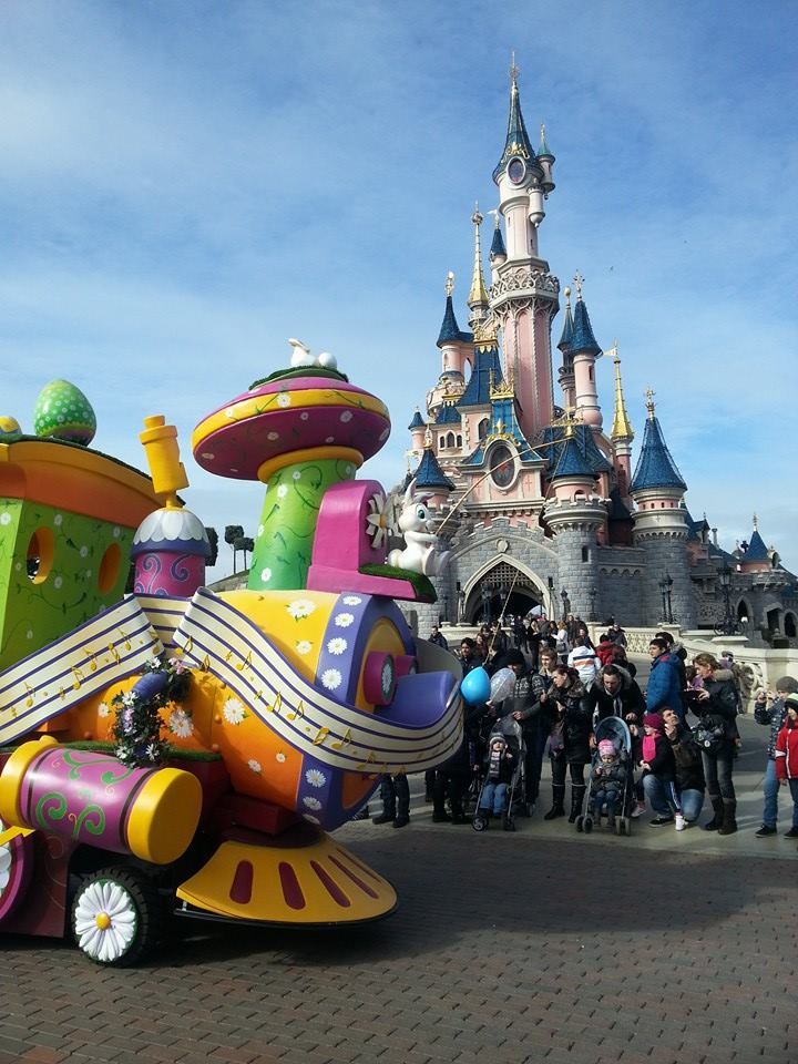 Festival du Printemps du 1er mars au 31 mai 2015 - Disneyland Park  - Page 8 11046110