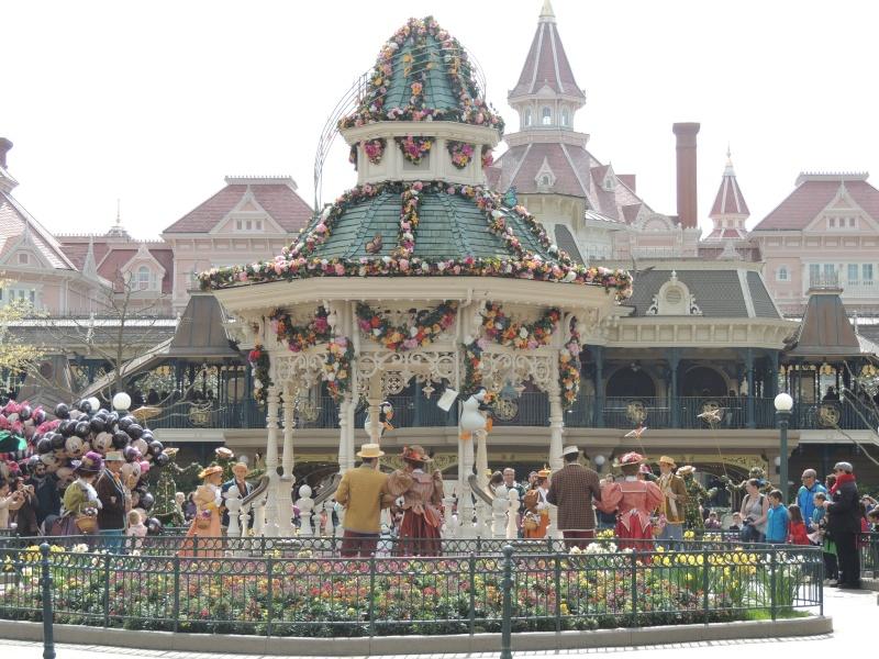 Festival du Printemps du 1er mars au 31 mai 2015 - Disneyland Park  - Page 2 Dscn7310