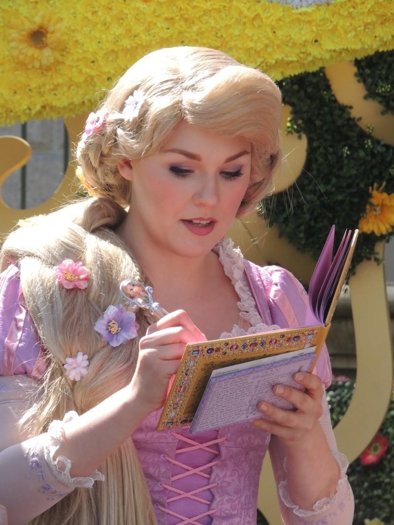 Festival du Printemps du 1er mars au 31 mai 2015 - Disneyland Park  - Page 2 Dscn7410
