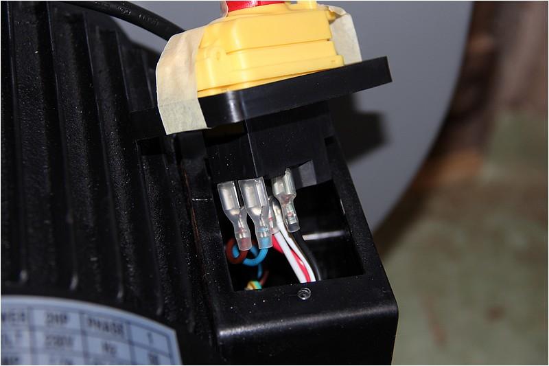 Comment câbler pour n'avoir qu'une prise de courant? Img_0614