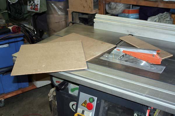 [fabrication - CNc] coffret électrique en MDF Coff_011