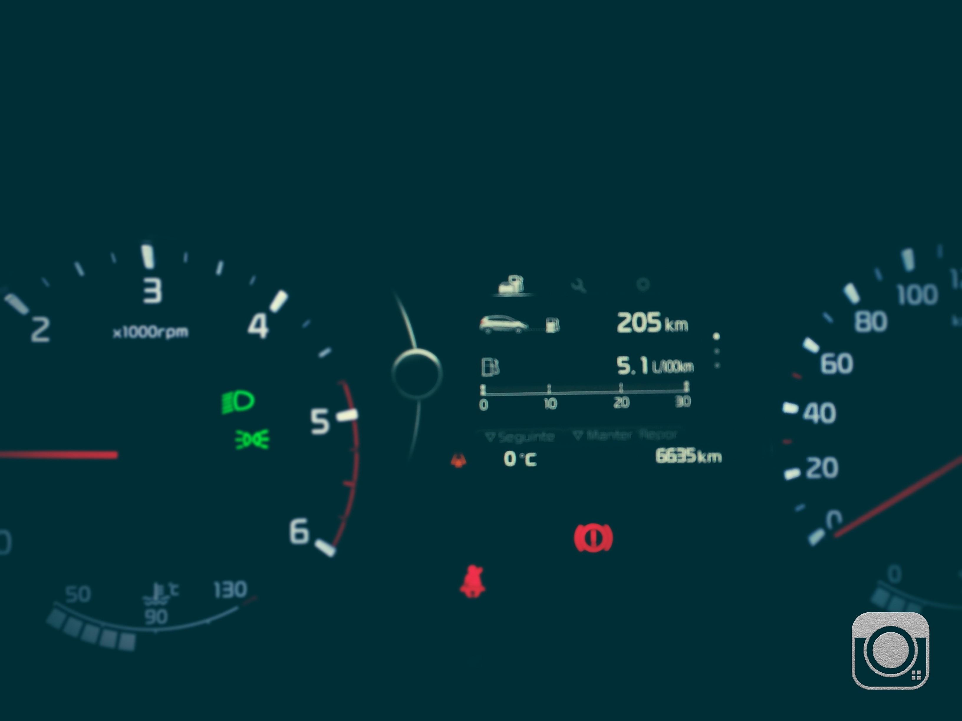 Kia Carens 1.7 TX CRDI 136cv e Kia Cee'd 1.6 CRDI 5p. - DO RUIZINHO  - Página 6 Img_2011