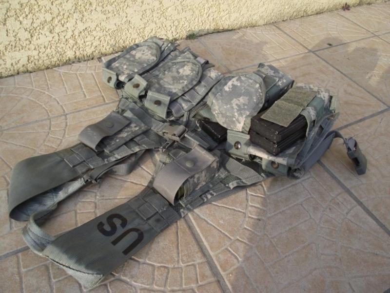 SCAR l EGLM ARES/AGOG/BDU ACU/MASQUE A GAZ/SANGLE/X800 ..... Dscf0315