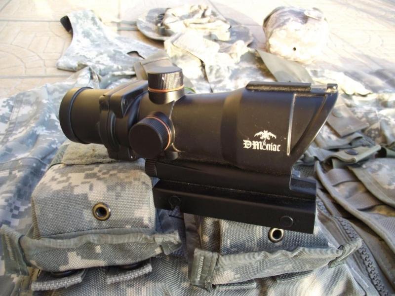 SCAR l EGLM ARES/AGOG/BDU ACU/MASQUE A GAZ/SANGLE/X800 ..... Dscf0425