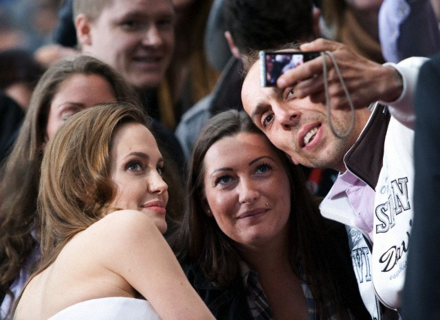Brad and Angelina at World War Z Premiere, Sony Center..Berlin, Germany..June 4th 2013 - Page 2 0_310