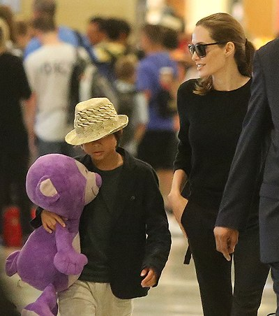 Angelina and Pax JFK airport arrival..New York..June 24th 2013 Kgrhqn10