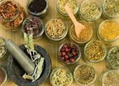 العلاج بالاعشاب الطبية والطبيعية