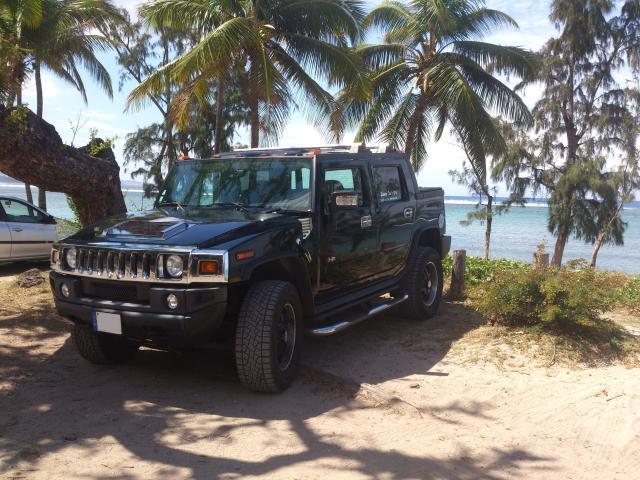 Hummer H2 SUT Du 974 3020w110
