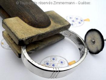 Bracelet argent rigide ouvert Topaze bleue - Page 2 Bra70110