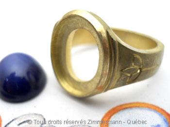 Chevalière or sertie d'un saphir étoilé synthétique Cvoc0119