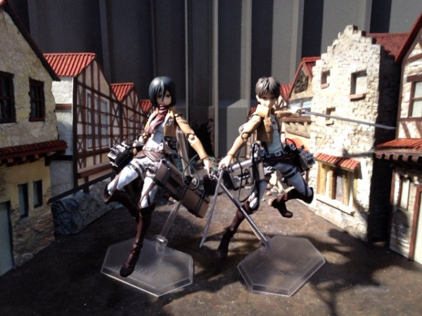 "[News générale] Figurines Shingeki no Kyojin ""L'attaque des Titans"" Xaahne10"