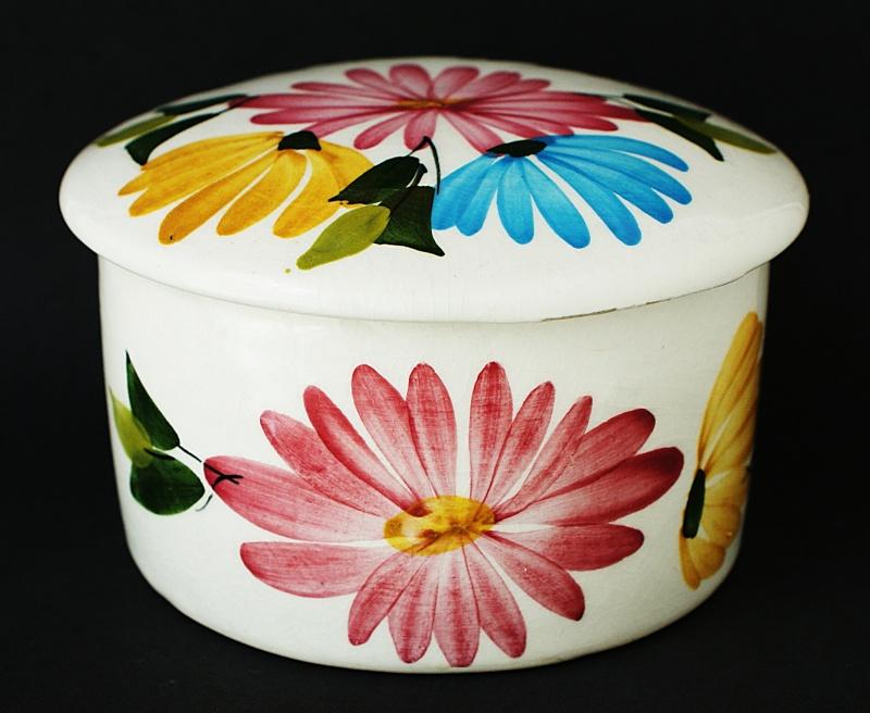 Toni Raymond & Babbacombe Pottery Dsc01011