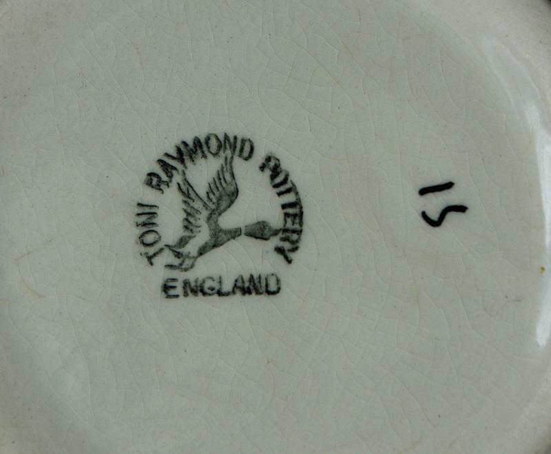 Toni Raymond & Babbacombe Pottery Dsc01012