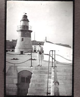 HMS WARSPITE 1942 - Page 2 5021_e10