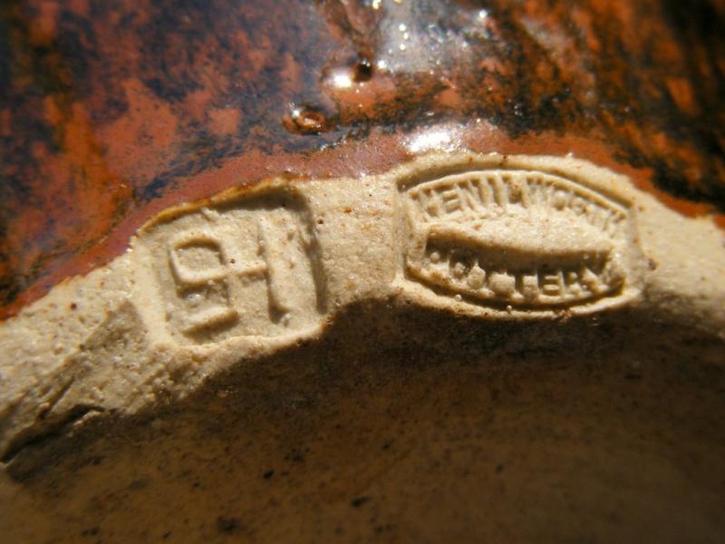 Sylvia Hardaker, Kenilworth Pottery 01710