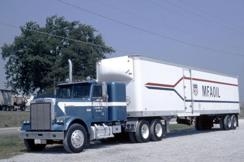 Trucks Us-tru17