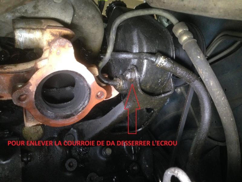 Tuto : changer collecteur d'échappement 2.5L essence  Courro10