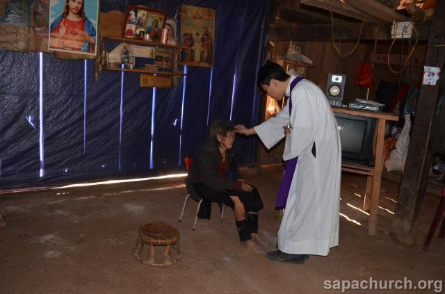 Người Công Giáo H, Mông ở Điên Biên Hmoob Kav Tos liv (Catholic) nyob xeev Dien Bien cob tsib teb Copy-o14