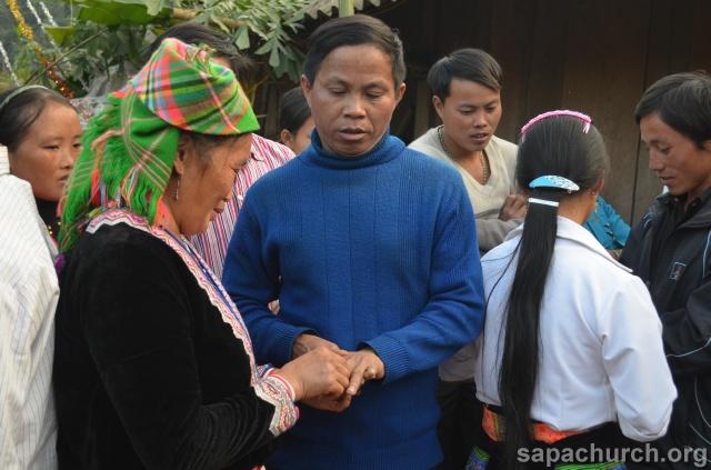 Người Công Giáo H, Mông ở Điên Biên Hmoob Kav Tos liv (Catholic) nyob xeev Dien Bien cob tsib teb Copy-o16