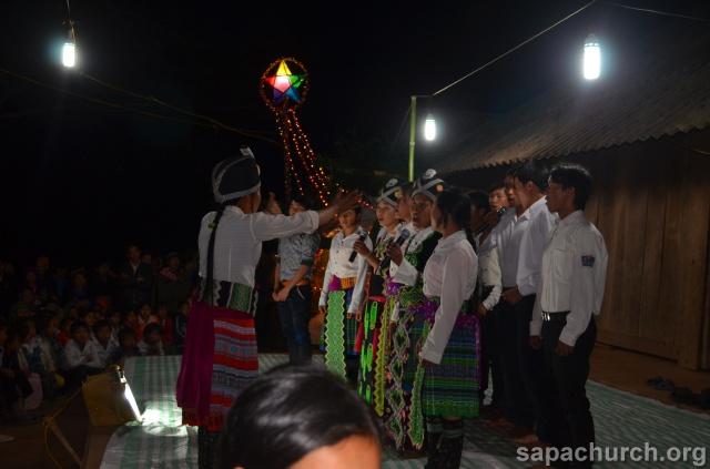 Người Công Giáo H, Mông ở Điên Biên Hmoob Kav Tos liv (Catholic) nyob xeev Dien Bien cob tsib teb Copy-o18