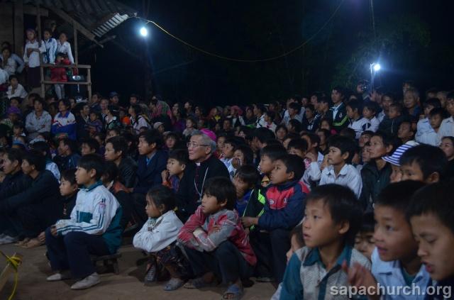 Người Công Giáo H, Mông ở Điên Biên Hmoob Kav Tos liv (Catholic) nyob xeev Dien Bien cob tsib teb Copy-o20